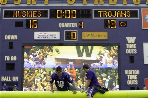 Usc trojans washington huskies scoreboard